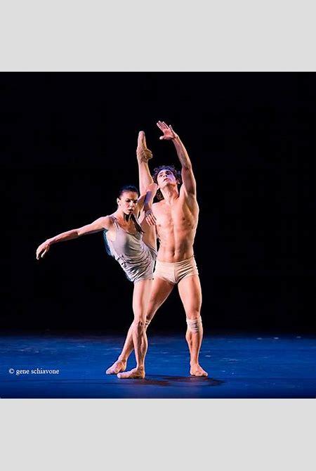 Nude ballet photos! Herman Cornejo, Ivan Vasiliev in near buff | arts•meme