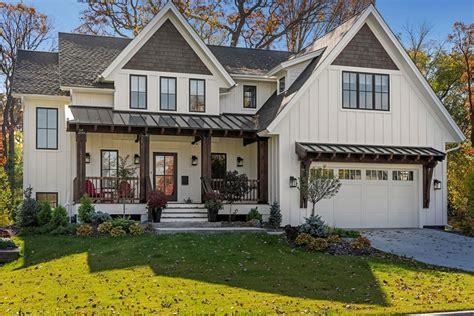 country craftsman cottage house plan  sunroom  car garage