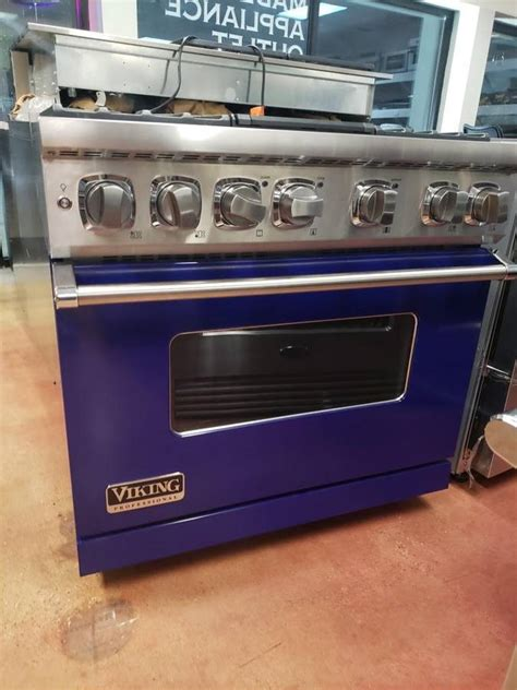 viking   pro style dual fuel range   sealed burners  appliance outlet