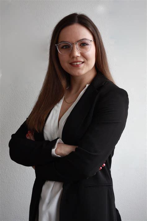 Marta: 18 Jobs als Waitress & Hostess (in München) - InStaff