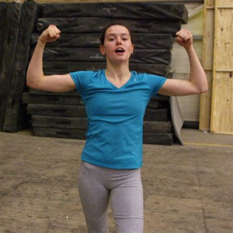 Daisy Ridley Facts, Information About the Star Wars: The ...