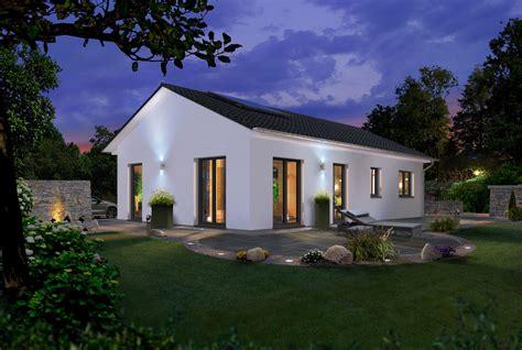 Moderne Häuser Preiswert by Ihr Massivhaus Town Country Haus Die Preiswerten