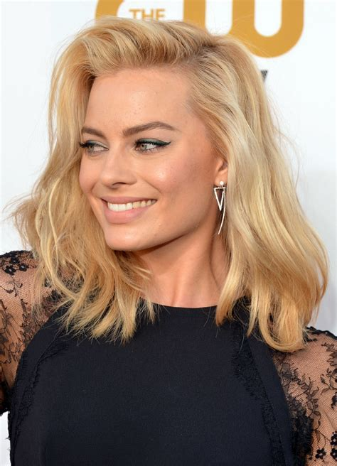 HOW TO   Get Margot Robbie?s long lasting blonde bombshell