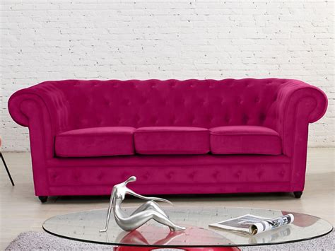 canapé fushia canapé 3 places en velours coloris fushia chesterfield