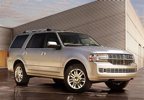 Lincoln Navigator 2013 by 2013 Lincoln Navigator Review