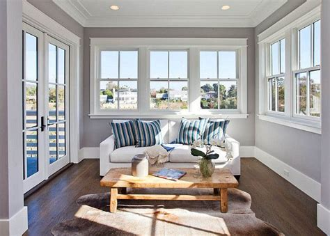foto de willow creek by benjamin moore Family Home with