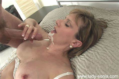 Mature Miss Rides Prick Eats Facials