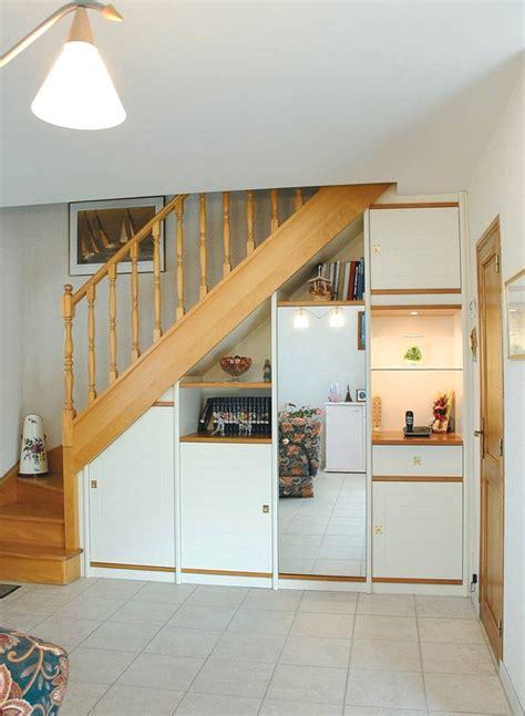 decoration escalier maison meuble en escalier ikea