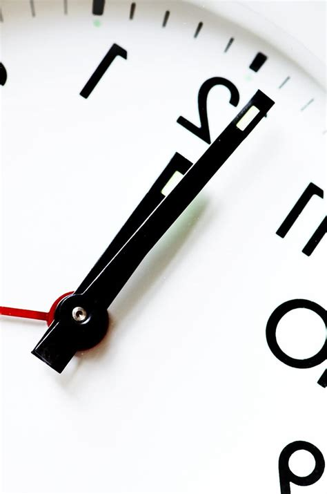 Je nach jahreszeit befolgen regionen, in denen eastern time (et) gilt, entweder eastern daylight time (edt) oder eastern standard time (est). Silvester Countdown Uhren / Silvester Countdown 2021 ...