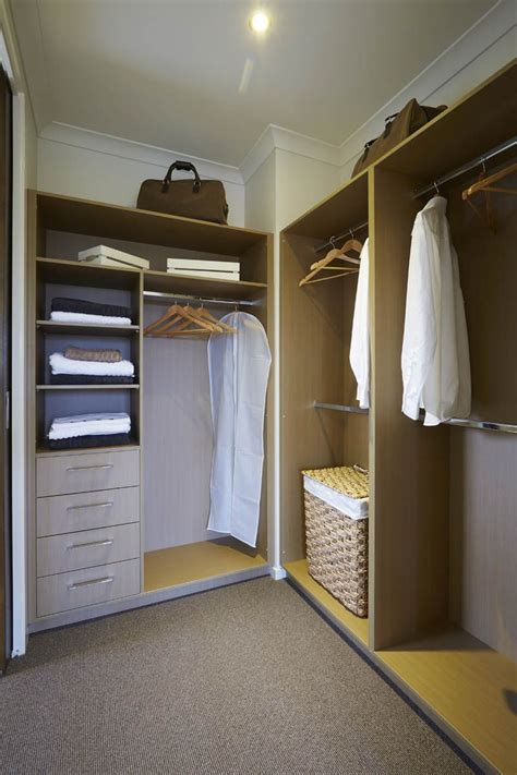 Walk In Wardrobe Design by Walk In Robe Designs Ideas Metricon Master Bed Bath