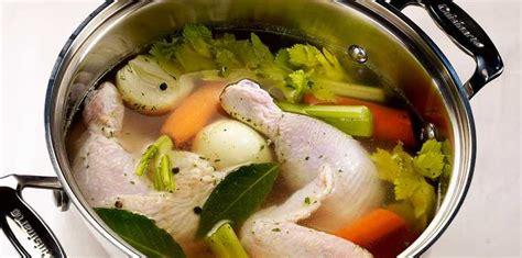 la poule au pot recette poule au pot 224 la cocotte minute facile recette sur cuisine actuelle