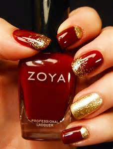 Beautiful examples of gold glitter nail polish art world inside pictures