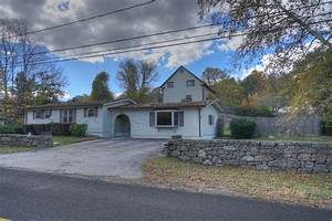 Ct Real Estate 111 Fellows Rd Montville House 2 Mystic Ct Real Estate
