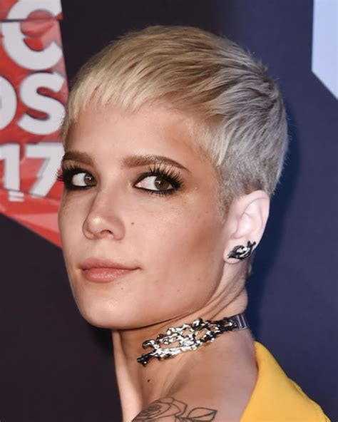 Very Short Pixie Haircuts for Fine Hair round faces 2018