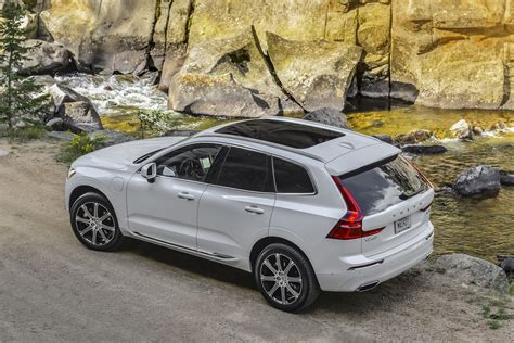 Volvo Xc60 Reviews 2018 by 2018 Volvo Xc60 T8 Drive Review Digital Trends