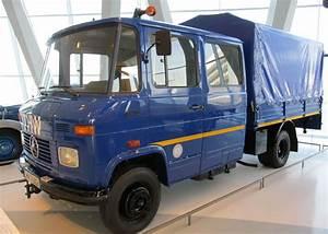 Musée Mercedes Benz De Stuttgart : mercedes benz 409 thw musee mercedes benz de stuttgart ~ Melissatoandfro.com Idées de Décoration