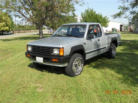 Mitsubishi Mighty Max For Sale by 1988 Mitsubishi Mighty Max 4 X 4 2 6 Ltr For Sale Photos