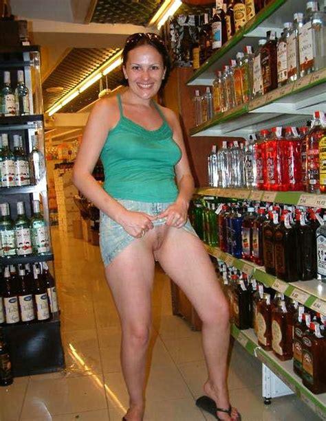girls walmart nude in