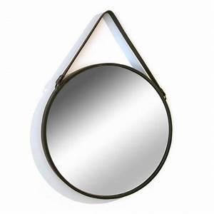 Miroir Rond Cuir : miroir mural rond avec anse en simili cuir versa d 50 cm ~ Teatrodelosmanantiales.com Idées de Décoration