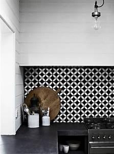 carrelage mural pas cher With carrelage adhesif salle de bain avec chaussure led nike