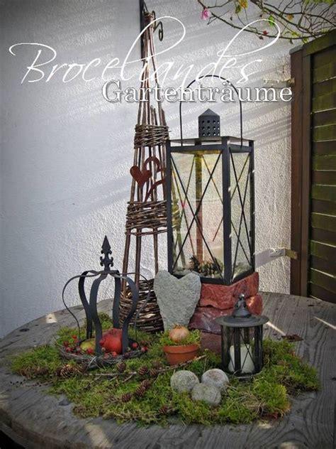 Herbstdeko Im Garten by Herbstdeko Im Garten Autumn Garten And Winter