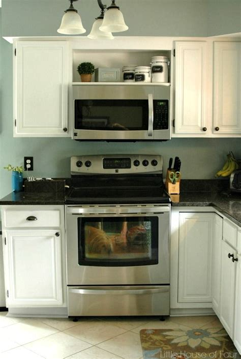 shelves above kitchen cabinets the 25 best stove with microwave above ideas on 5181