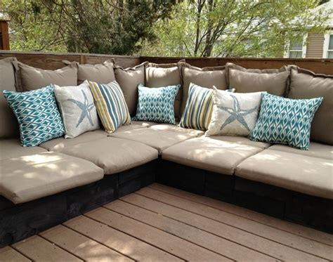 beautiful  fascinating pallet couches wooden pallet furniture