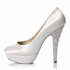 Be A Glamorous Bride In Platform White Bridal Shoes With