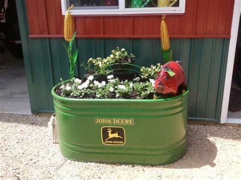 Deere Decorations - deere planter projects planters