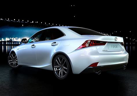 Autoblog Tests The 2014 Lexus Is 350 F-sport