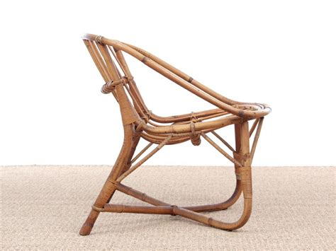 About iconic emmanuelle chair midcentury, rattan peacock chair with seating cushion included. Mid-Century modern scandinavian rattan chair - Galerie Møbler