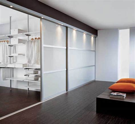 20 beautiful glass walk in closet designs