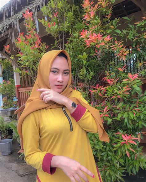 Koleksi Foto Cewek Berjilbab Hijabers Cantik Indonesia