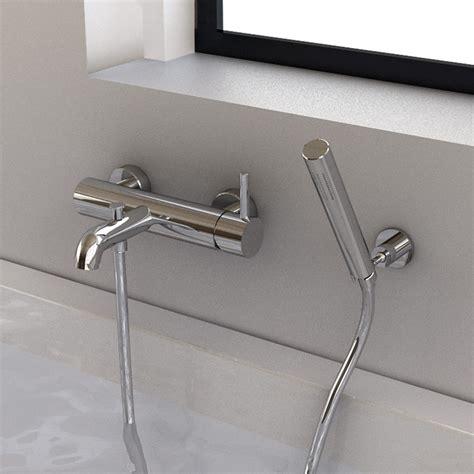 robinet sur baignoire robinet mitigeur bain mural century et douchette