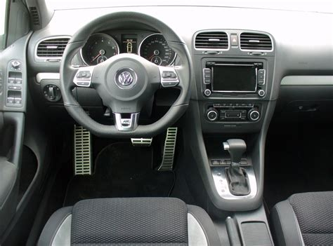 pieces interieur golf 4 file vw golf vi 1 4 tsi dsg highline r line sharkblue interieur jpg wikimedia commons