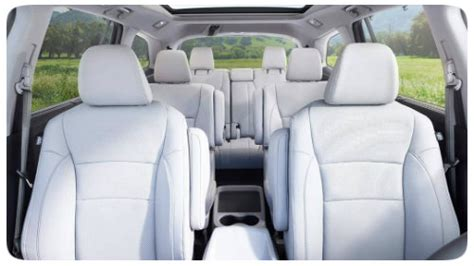 will 2016 honda pilot second row captains chairs