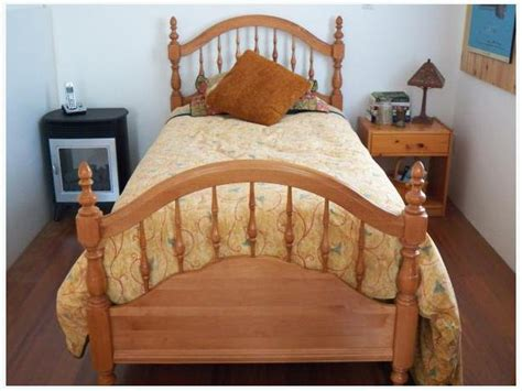 Roxton Solid Maple, Head And Footboard North Saanich