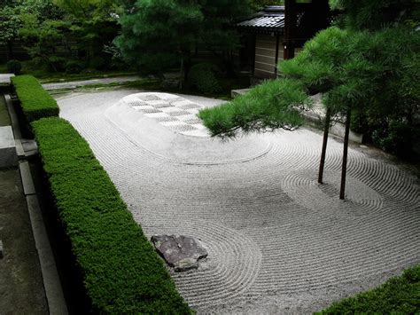 Zen Garden : Meditation And Zen Garden Landscape Tips