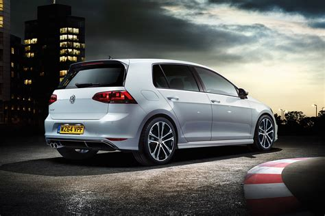 sporty vw golf   revealed carbuyer