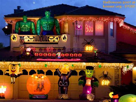 Alejandra Creatini 11 Craziest Halloween Decorated Homes