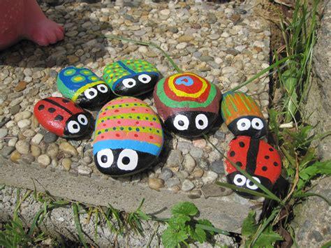 steine bemalen farbe steine bemalen creative collection