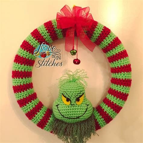 grinch wreath  crochet pattern crochet kingdom