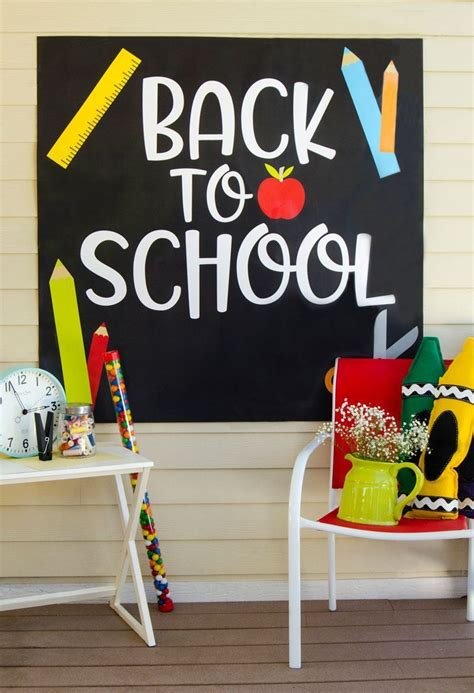 Backdrop Ideas For School by This Free Backdrop By Lindi Haws Of