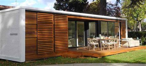rumah kayu minimalis model sederhana desain modern
