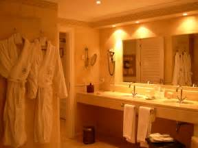 design your own bathroom free file hotel suite bathroom jpg wikimedia commons
