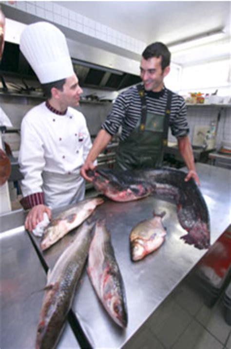 cuisiner les peches gusto cuisiner les poissons pêchés en eau douce