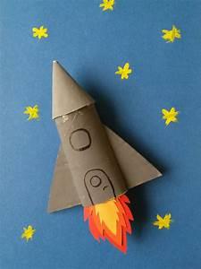 Objet En Carton Facile A Faire : une fus e en carton ~ Melissatoandfro.com Idées de Décoration