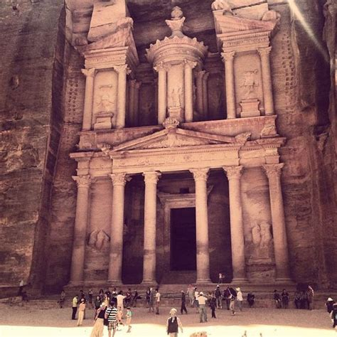 The Lost City Of Petra Has Amazing History Is One Of The