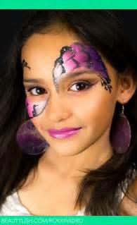 Pretty Mask Face Paint Design