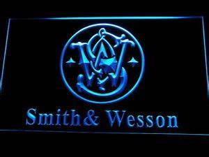 Smith & Wesson Gun Firearms Logo LED Neon Light Sign Man ...